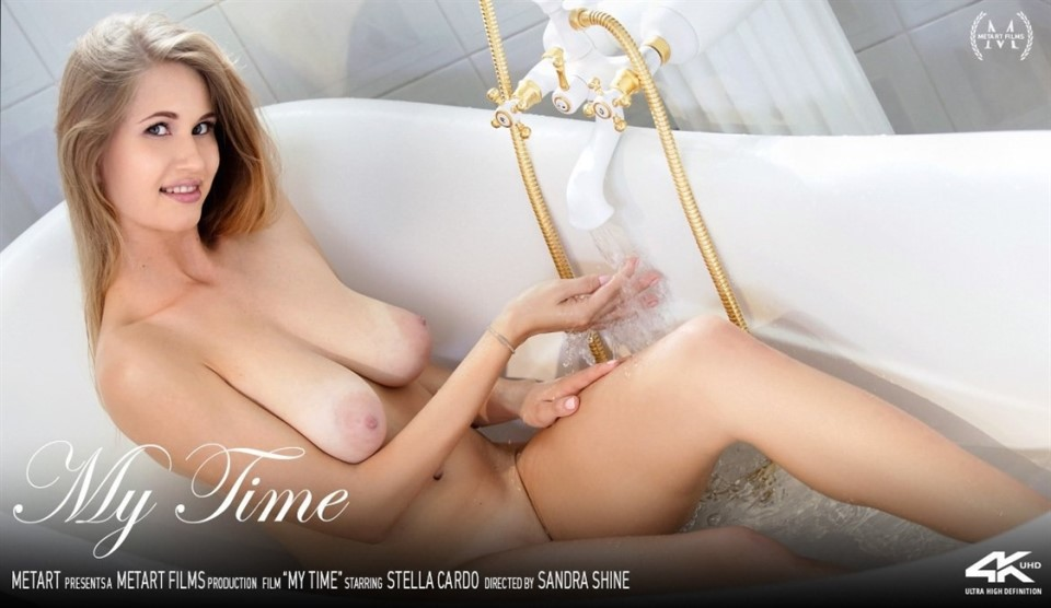 [4K Ultra HD] Stella Cardo - My Time Stella Cardo - SiteRip-00:13:19 | Striptease, Solo, Bathroom, Barefoot, Mirror, Posing, Blonde, Indoors, Breasts - 980,3 MB