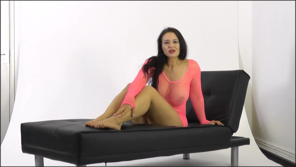 [Full HD] SuperiorWoman No Self Control SuperiorWoman - Manyvids-00:09:43 | Size - 909,1 MB