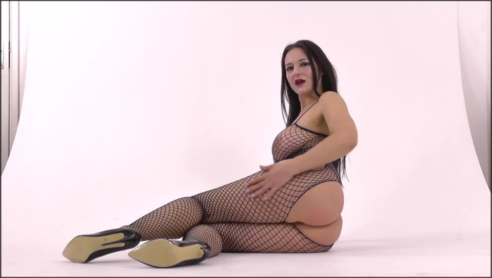 [Full HD] SuperiorWoman Where Does Curiosity Lead The Pig SuperiorWoman - Manyvids-00:07:07 | Size - 850,9 MB