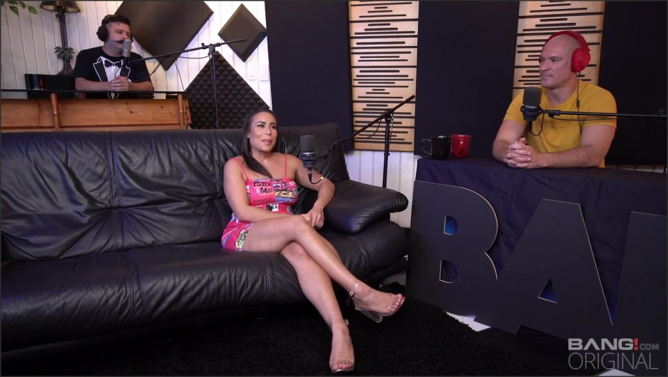 [Full HD] Surprise Carmela Clutch Carmela Clutch - SiteRip-01:21:21 | Bubble Butt, Big Boobs, Reality Porn, Facial Cumshot - 2,1 GB