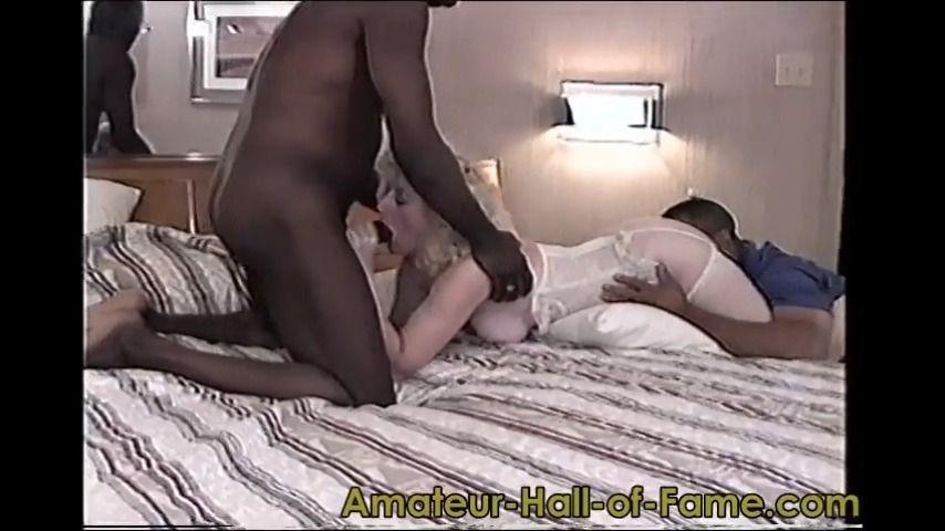 [SD] Theahof Lynns 1St Gangbang Amp 1St Black Anal TheAHOF - ManyVids-00:59:28 | Anal,Creampie Gangbang,Gangbangs,Interracial,Older Man / Younger Women - 707,5 MB