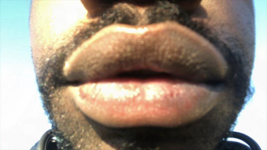 [4K Ultra HD] Thrillmonger Pineapples And Mangoes Thrillmonger - ManyVids-00:03:09 | ASMR,Eating,Pussy Eating,Lipstick Fetish,Close-Ups - 503,2 MB