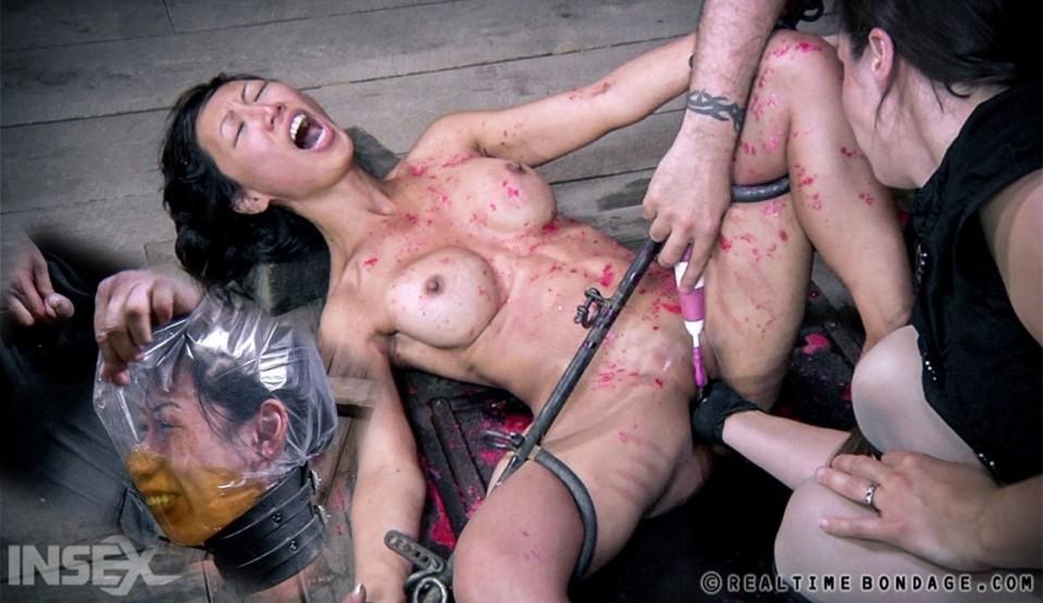 Tia Ling Fisting