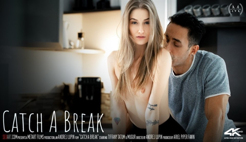 [4K Ultra HD] Tiffany Tatum & Mugur - Catch A Break Tiffany Tatum - SiteRip-00:20:19 | Kitchen, Creampie, breasts, Brunette, Tattoo, All Sex, Indoors - 5,7 GB