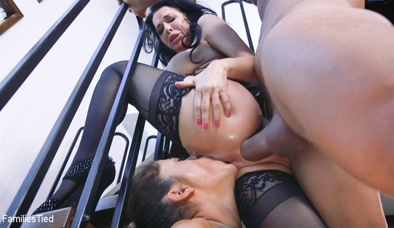 [SD] Veronica Avluv &Amp; Victoria Voxxx - The Nymphomaniac'S Li'L Sister Veronica Avluv Returns Mix - SiteRip-01:20:03 | Lesbian, Family Roleplay, Straight, Threesome, Strap On, Bondage, Spanking, Rope Bondage - 877,5 MB