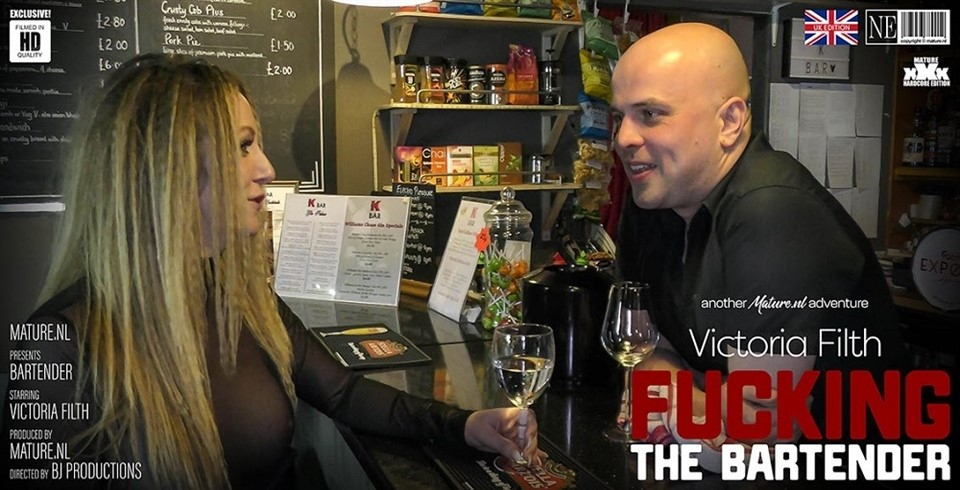 [Full HD] Victoria Filth - Victoria Filth is fucking a bartender at work Victoria Filth (EU) (33) - SiteRip-00:28:30 | Cum, Blowjob - 1,9 GB