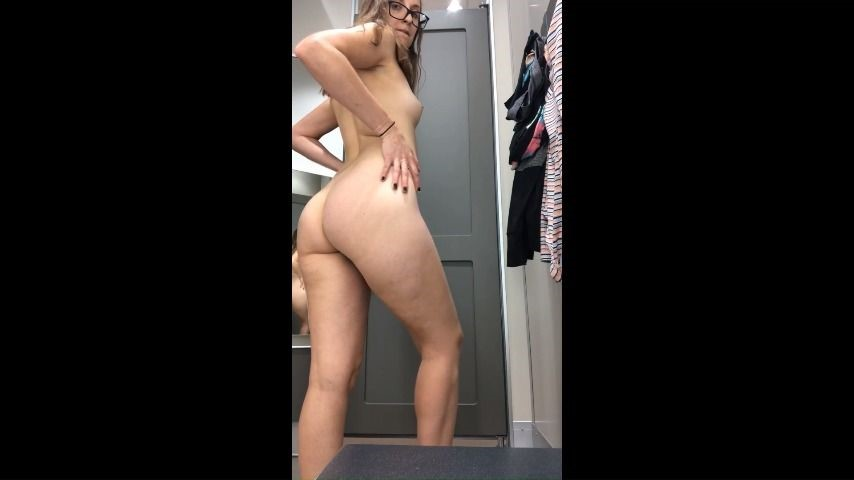 [Full HD] 25 Hellokitty Cumming In Target 25_Hellokitty - ManyVids-00:09:21 | Eye Glasses,Fingering,Masturbation,Public Nudity - 162,3 MB