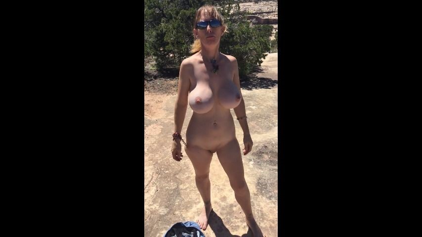 [SD] Boltonwife National Park Naked Public Cock Suck Boltonwife - ManyVids-00:01:05 | MILF,Public Blowjob,Public Nudity,Big Boobs - 43,6 MB