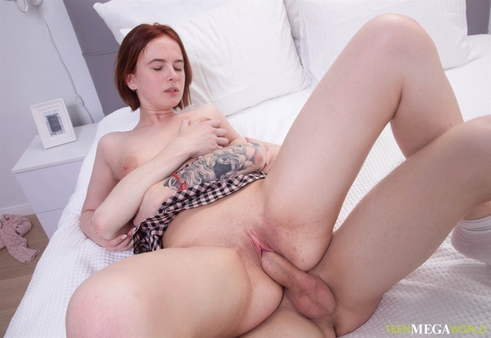 [HD] Chicago - History And Sperm And Honey Mix - SiteRip-00:34:18 | Missionary, Spanking, Reverse Cowgirl, Doggy Style, Pussy Licking, Hardcore, Medium Tits, Blowjob, Handjob, College, Facial, Cowg...