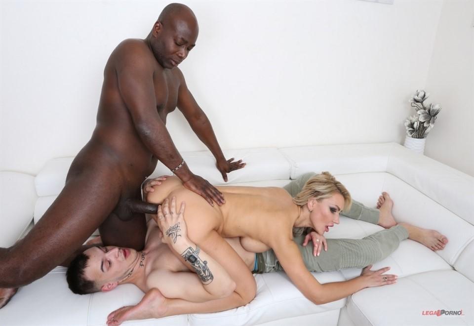 [4K Ultra HD] Elen Million - Kinky Black Cuckold Sex With Elen Million KS016 Elen Million - SiteRip-00:34:24 | Interracial, Anal, Blonde, Tattoo, MILF - 7,6 GB
