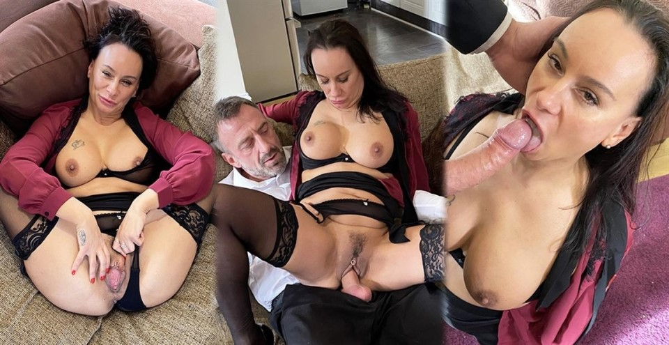 [Full HD] Eva May - Boardroom Bitch Dressed Down With Dick Eva May | | | | - SiteRip-00:30:42 | Toy, Cumshot, Cum In Mouth, Slapping, Choking, Deep Throat, MILF, All Sex, Swallow, Brunette, Blowjob, Big Dick - 770,3 MB