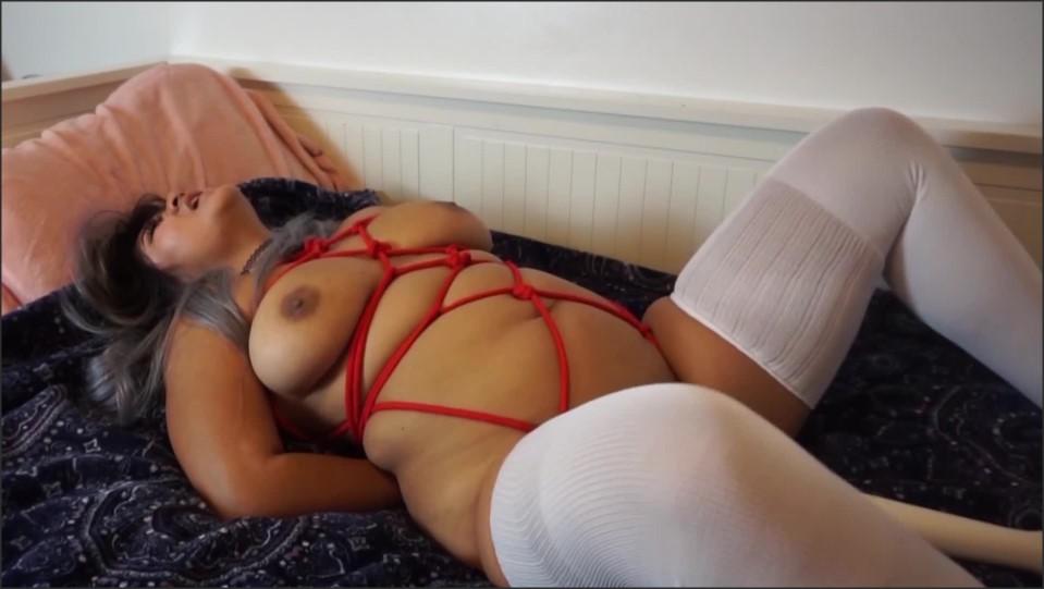 [Full HD] Jasmine Tea Jasmines On The Naughty List Jasmine Teaa - Manyvids-00:17:07 | Size - 473,7 MB