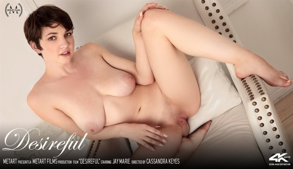 [4K Ultra HD] Jay Marie - Desireful Jay Marie - SiteRip-00:10:45 | Indoors, Yoga, Brunette, Upskirt, Breasts, Bodysuit, Solo, Mirror, Posing - 812,1 MB