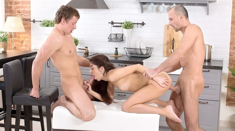 [Full HD] Katty West - Open Relationship Katty West - SiteRip-00:19:46 | Threesome, All Sex, Gonzo, Facial, Hardcore, BJ - 1,1 GB
