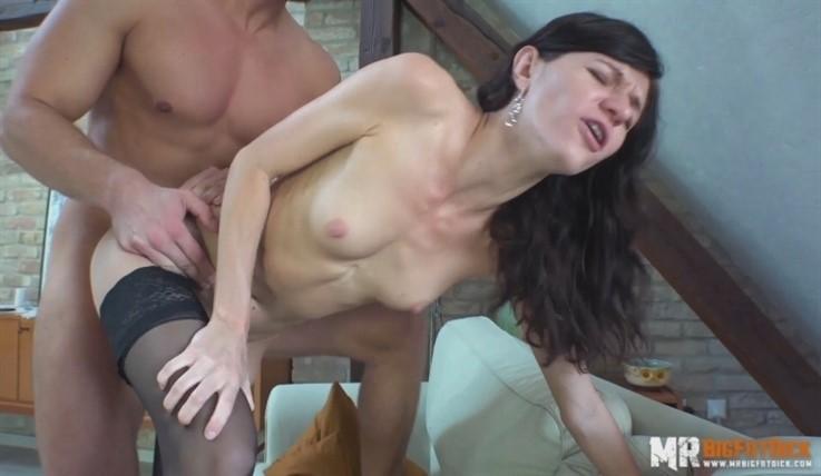 [Full HD] Lina Arian - Grumpy Wife 19.10.18 Lina Arian - SiteRip-00:38:04 | Hardcore, All Sex, Handjob, Brunette, Cum Shot, Small Tits, Blowjob - 2,2 GB