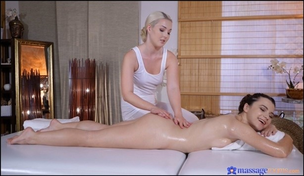 [Full HD] Lovita Fate, Hayli Sanders Blonde Masseuse Pleases Skinny Babe Lovita Fate, Hayli Sanders - SiteRip-00:26:49 | Lesbian, Wet, Sex, Indoors, Pussy Licking, OneonOne, Massage, Pussy Fingering - 1,1 GB