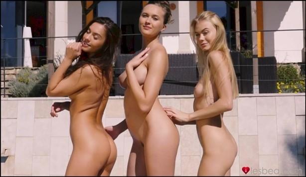 [Full HD] Nancy A, Sabrisse, Stacy Cruz Flirty lesbians holiday threeway Nancy A, Sabrisse, Stacy Cruz - SiteRip-00:32:58   Piercing, Caucasian, Lesbian, Woman, Outdoors, Tribbing, Pool, 69, Big Na...