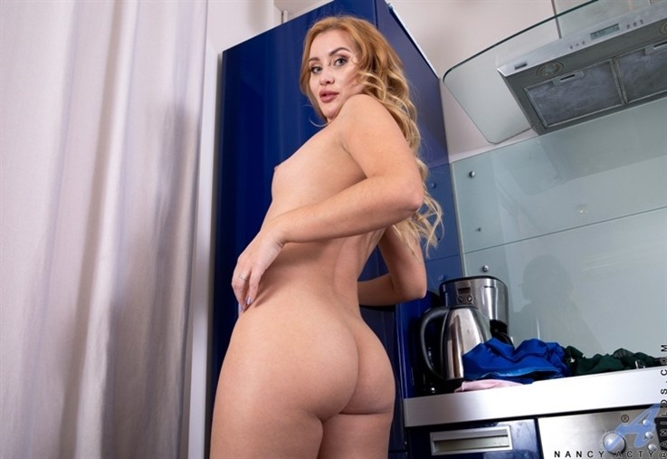 [Full HD] Nancy Acty - Thinking Of You 11.02.21 Mix - SiteRip-00:16:47 | Shaved Pussy, High Heels, Panties, Long hair, European, Mini Skirt, Medium Boobs, Blonde, Solo, Bras - 824,9 MB