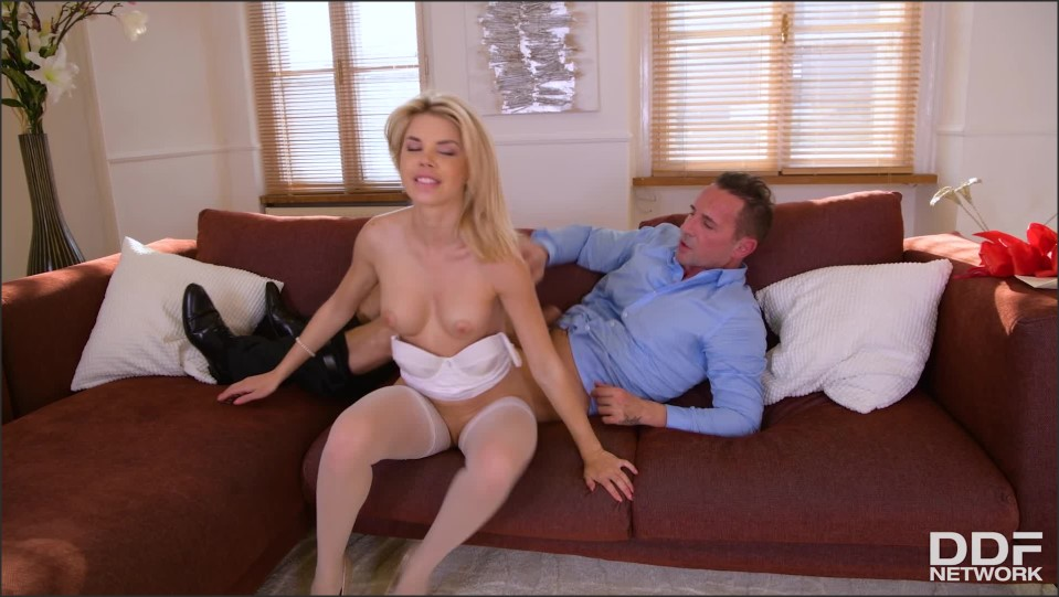 [Full HD] Olivia Sin - Blonde Babe in a Box Olivia Sin - SiteRip-00:24:38 | Blowjob, All Sex, Facial - 1,4 GB