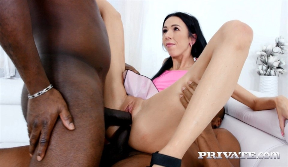 [4K Ultra HD] Paris Devine Paris Devine - SiteRip-00:38:45 | Anal, Deep Throat, BBC, Cum Into Mouth, Swallowing, Blowjob, Threesome, Cumshot, FMM, Interracial, Hardcore, DP - 5,5 GB