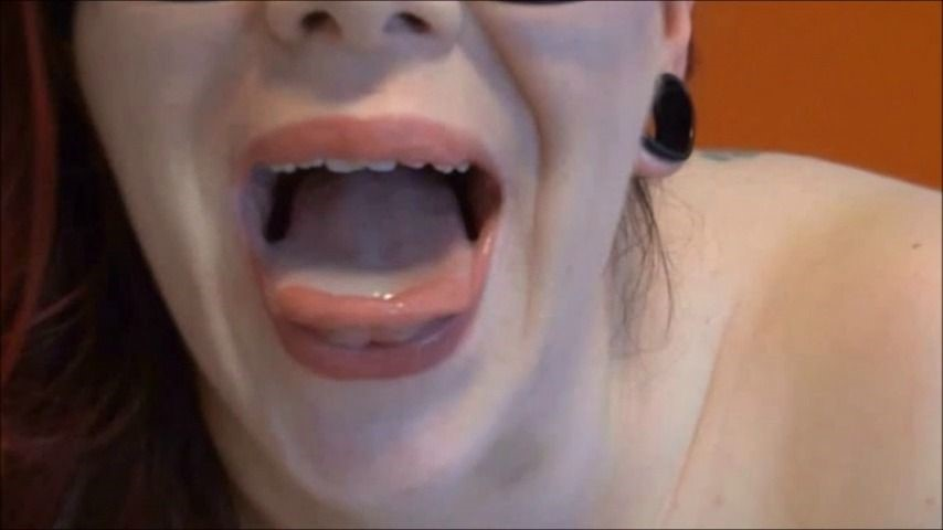 [SD] Red Heaven Media Let Me Have Your Cocks Red Heaven Media - ManyVids-00:17:59 | Cum In Mouth,Cumshots,Photo Shoot,Shoe Fetish,Threesome - 597,3 MB
