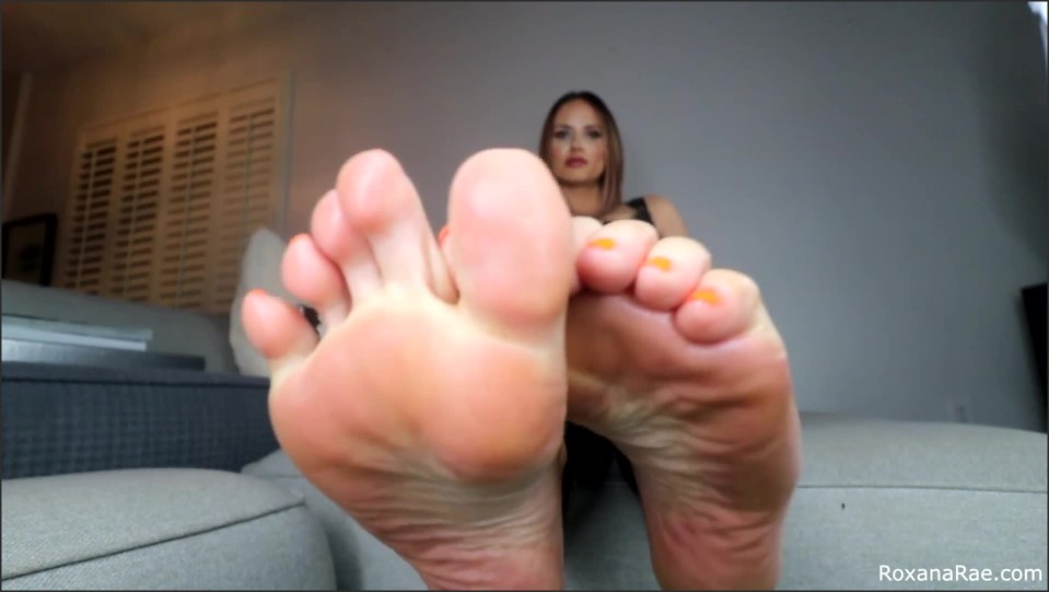 [Full HD] Roxana Rae - Betas Beat Their Meat To Stinky Feet Miss Roxana Rae - Manyvids-00:10:07 | Size - 391,1 MB