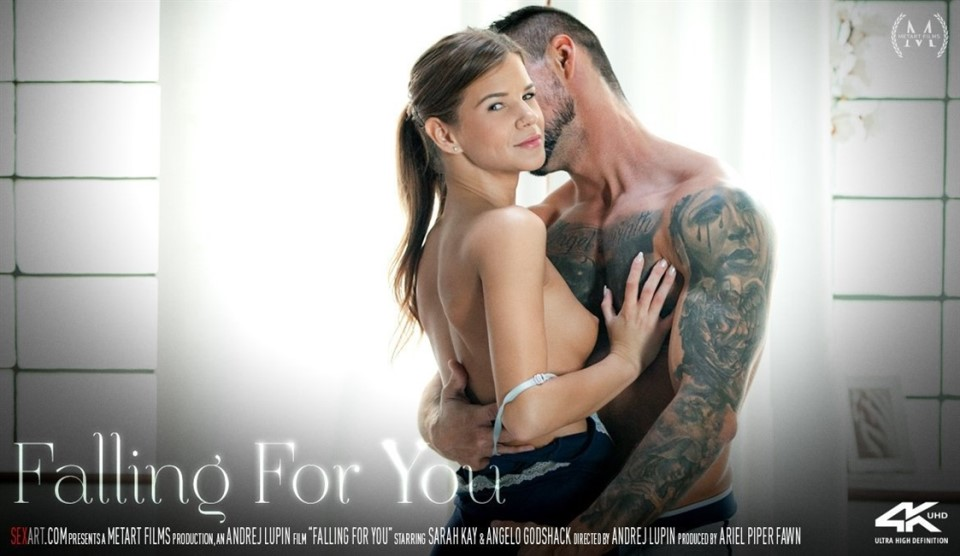 [4K Ultra HD] Sarah Kay &Amp; Angelo Godshack - Falling For You Sarah Kay - SiteRip-00:16:28 | Bedroom, Breasts, All Sex, Barefoot, Creampie, Indoors, Striptease, Brunette, Fingering - 4,6 GB