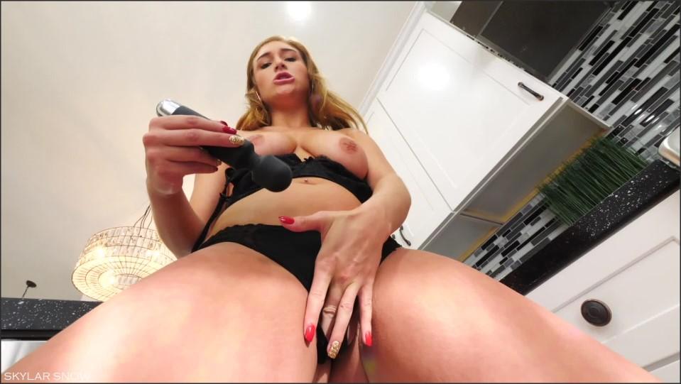 [Full HD] Skylarsnowxxx Denim Tease Amp Panty Stuffing SkylarSnowXXX - ManyVids-00:15:56 | Big Tits,Boy Girl,POV,POV Sex,Smoking - 1,1 GB