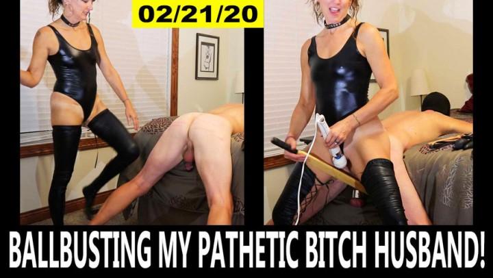 [Full HD] Soccermommistress Ballbusting My Pathetic Bitch Husband SoccerMomMistress - ManyVids-00:40:03 | Ballbusting,CBT,Masturbation,MILF,SPH - 4,3 GB