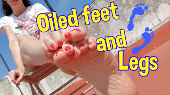 [4K Ultra HD] spanishstar oiled feet and legs 4k spanishstar - ManyVids-00:10:06 | Feet,Pointed Toes,Legs,MILF,Lotion/Oil Fetish - 2,4 GB