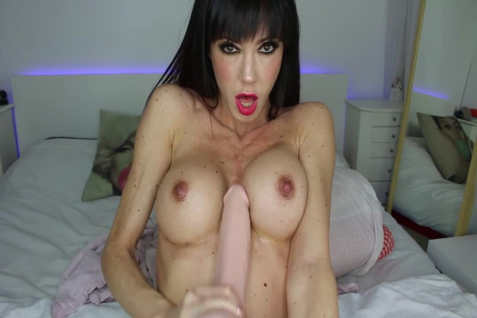 [HD] Spanishstar Play With My Tits And Booty Spanishstar - ManyVids-00:17:30 | Anal,Dirty Talking,Lotion/Oil Fetish,Titty Fucking,MILF - 202,1 MB