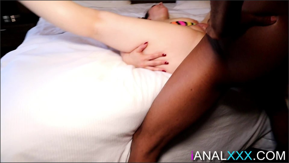 [Full HD] UrbanMedia Big Booty White Girl Anal Queen Violette UrbanMedia - Manyvids-00:57:41 | Size - 4,1 GB