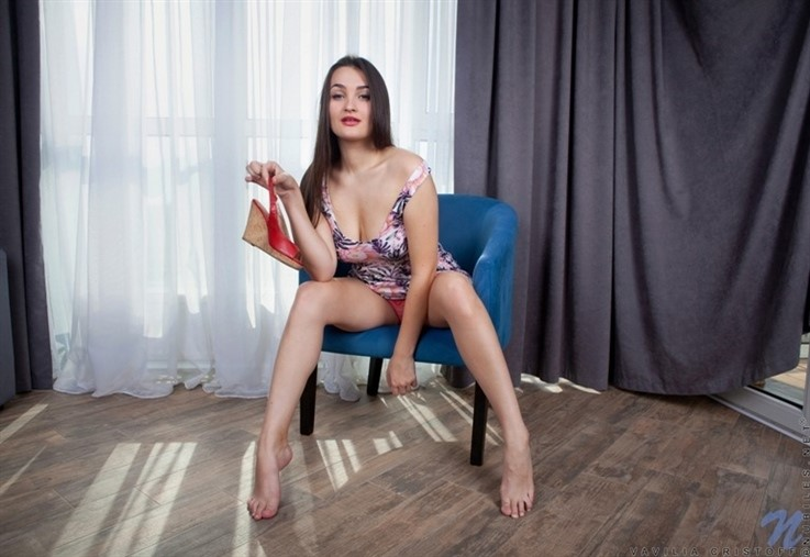 [Full HD] Vavilia Cristoff - Take It Off 16.02.21 Mix - SiteRip-00:15:39 | European, Shaved Pussy, Thongs, Medium Boobs, Fair Skin, Solo, High Heels, Brunette, Long Hair - 1,4 GB