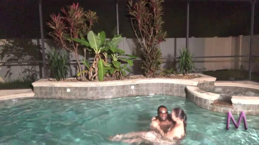 [Full HD] Xxxbabymxxx Fun By The Pool XxxBabyMxxX - ManyVids-00:23:43 | Blowjob,Outdoors,Hardcore - 955,2 MB