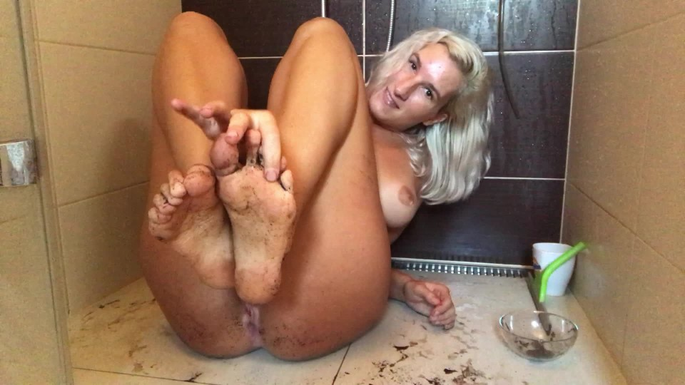 [Full HD] 8Cherry8Girl8 Foot Scrub And Pussy Play In The Shower 8Cherry8Girl8 - ManyVids-00:17:21 | All Natural,Barefoot,Dirty Feet,Foot Fetish,Highly Arched Feet - 1,9 GB