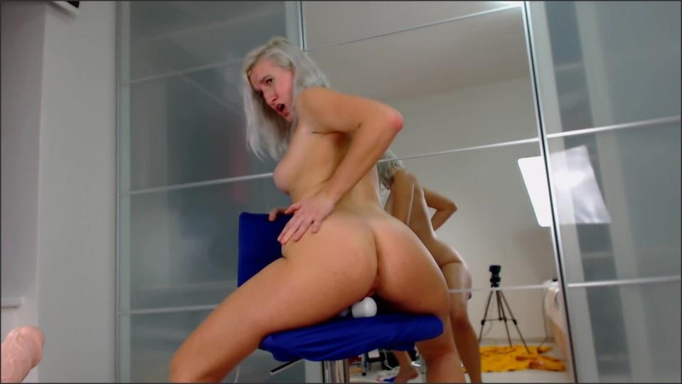 [Full HD] 8Cherry8Girl8 Hitachi On The Chair 8Cherry8Girl8 - ManyVids-00:11:50 | Big Ass,Big Boobs,Blonde,Face Fetish,Hitachi - 433,1 MB