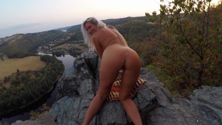[Full HD] 8Cherry8Girl8 Risky Sex On The Rocks Part 1 8Cherry8Girl8 - ManyVids-00:17:46 | Blonde,Outdoor Public Blowjobs,POV Sex,Public Nudity,Public Outdoor - 2,5 GB