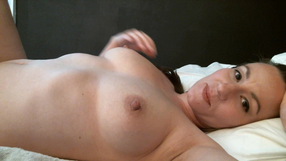 [Full HD] Appleroe Breast Milk Fountain AppleRoe - ManyVids-00:02:08 | Big Boobs,Fetish,Lactating,MILF,Nipples - 93,6 MB