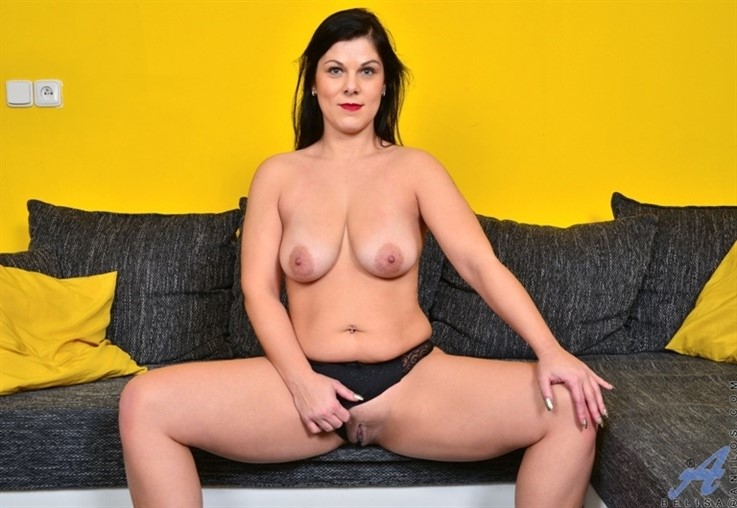 [Full HD] Belisa - Stay Home Instead 21.03.21 Belisa - SiteRip-00:11:48 | Thongs, Shaved Pussy, Long hair, Bras, Big Boobs, Solo, Black Hair, Tan, European, Big Areolas, High Heels - 2,2 GB