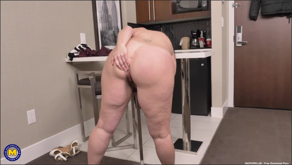 [Full HD] Brandii Banks - Thick Brandii Banks With Her Hairy Pussy Has A Booty To Die For Brandii Banks (43) - SiteRip-00:16:24 | Masturbation, Hairy, Solo, Big Ass - 593,1 MB