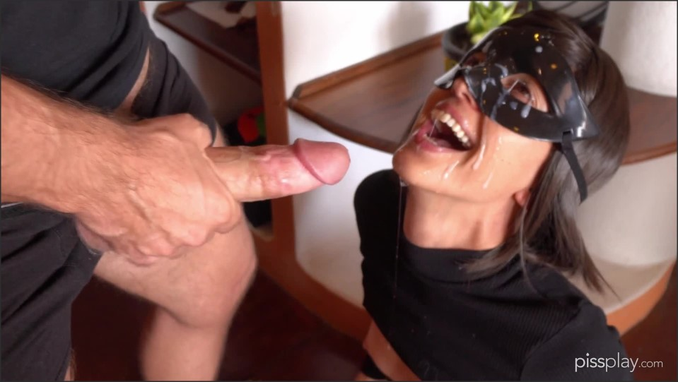 [Full HD] Bruce And Morgan Selfpee With A Facial Bruceandmorgan - ManyVids-00:09:04 | Pee,Camel Toe,Kink,Solo Female,Close-Ups - 350,2 MB