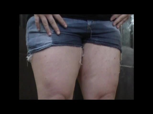 [SD] Buttercup P--Ing Accident In Jean Shorts Buttercup - ManyVids-00:04:47 | Pee,Jeans/Pants Wetting,BBW,Jeans Fetish - 13,6 MB