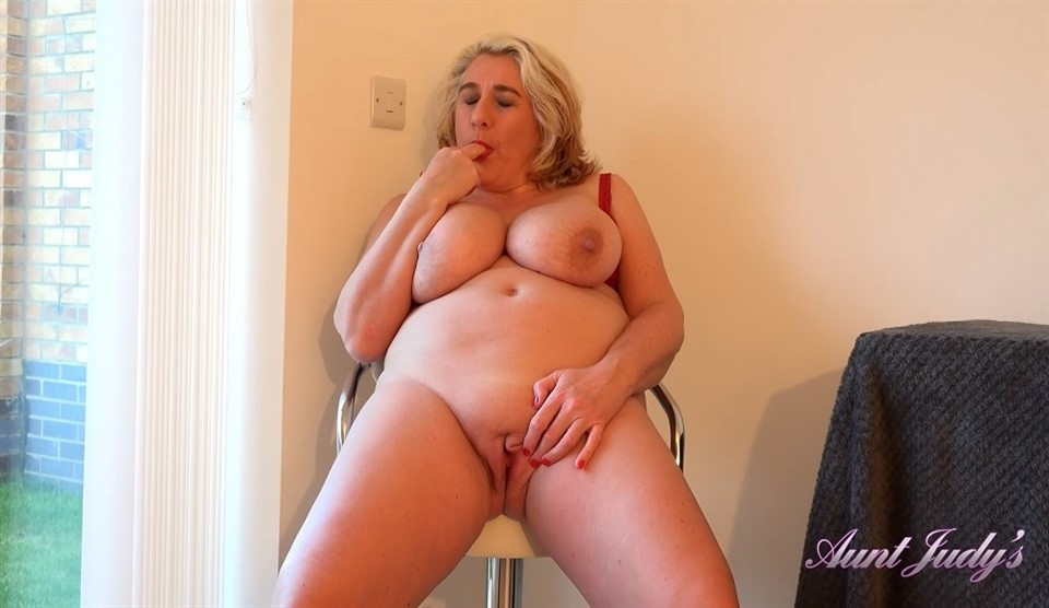 [Full HD] Camilla Creampie - Camilla Masturbates For You After A Hike Camilla Creampie (EU) (47) - SiteRip-00:19:14 | Shaved Pussy, Blondes, Curvy, Milf, Masturbation, Big Tits, Over 40 - 966 MB