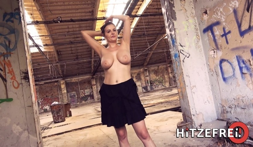 [Full HD] Candy Alexa - Hot Airport Fuck With A Busty Candy Alexa Mix - SiteRip-00:26:51 | Outdoor, All Sex - 2,3 GB