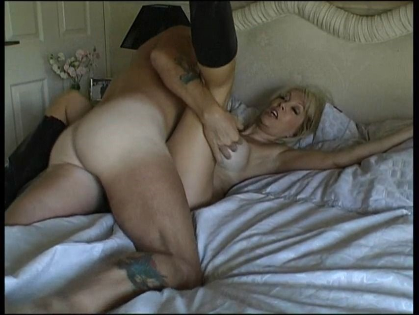 [SD] Christiemilf New Boot Means A Good Fucking ChristieMILF - ManyVids-00:23:44 | Fucking,Boots,Big Tits,Anal Play,Deepthroat - 191,4 MB