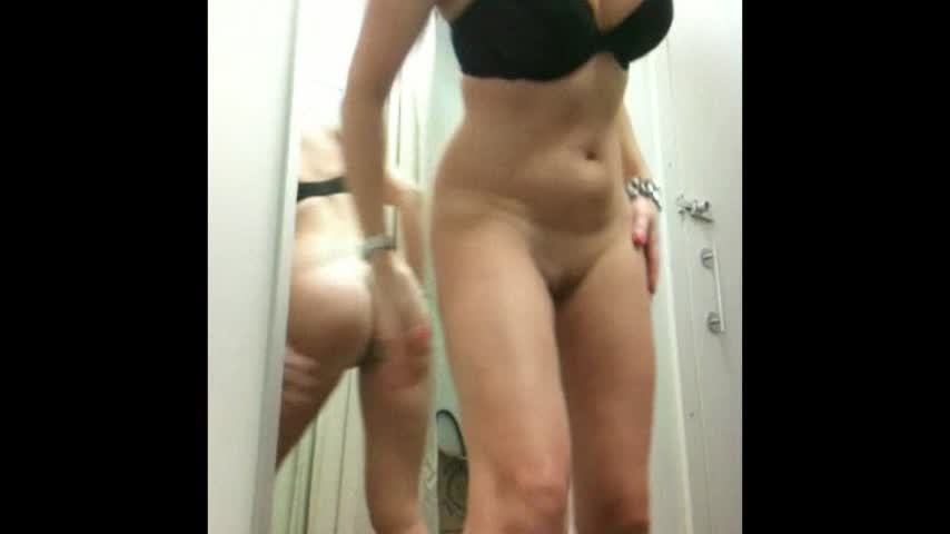 [SD] christiemilf playing with myself in changing rooms ChristieMILF - ManyVids-00:08:52 | Voyeur,Anal Masturbation,Public Outdoor - 50,3 MB