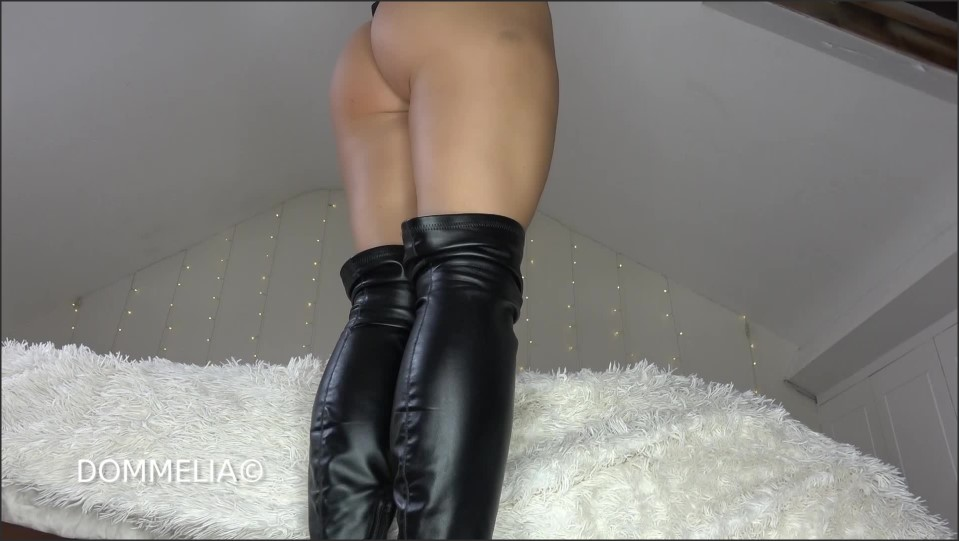 [Full HD] Dommelia - Clean My Fucking Boots Cunt Goddess Dommelia - Manyvids-00:24:27   Size - 928,3 MB