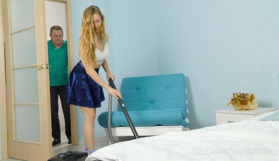 [Full HD] Elison - Experienced man seduces a fresh cleaner Elison - SiteRip-00:39:01 | Hardcore, Teen, Old and Young, Blowjob - 2,3 GB