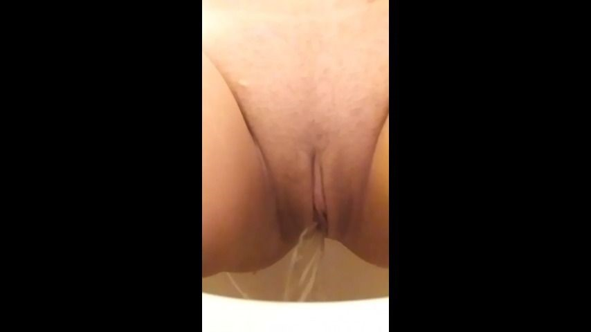[SD] emberlayne i show off my body then p-- for you EmberLayne - ManyVids-00:01:08 | Bathroom,Daddys Girl,Nipples,Pee,Squirt - 55,3 MB