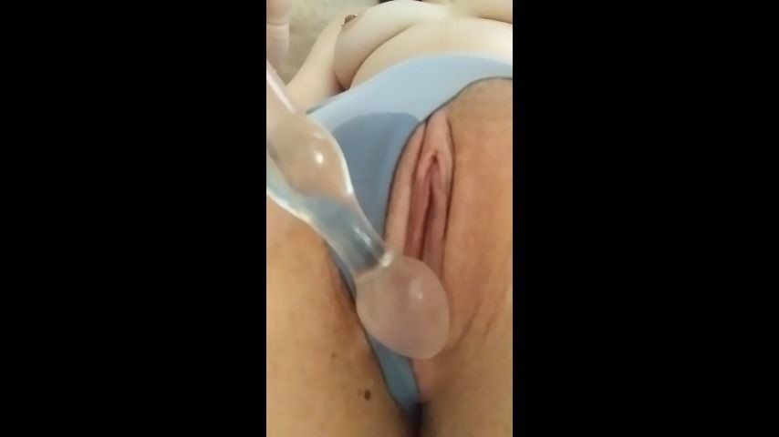 [HD] Emberlayne I Squirt In My Panties For You EmberLayne - ManyVids-00:01:51   Adult Babies,Pussy Play,Squirt,Squirting,Wet Look - 161,8 MB